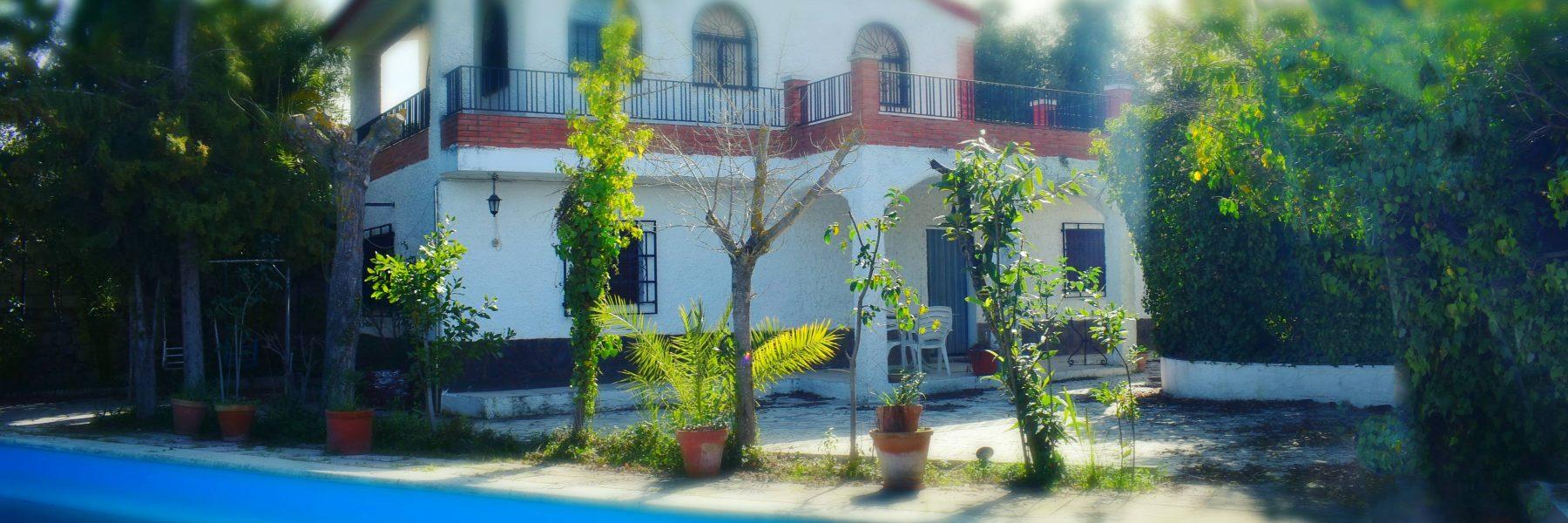 Casa con jardín en Ogíjares – Urbano & Rústico